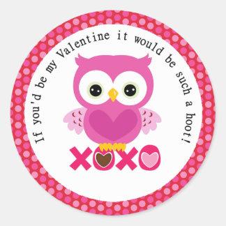 Búho rosado de la tarjeta del día de San Valentín Pegatina Redonda