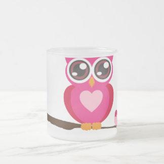 Búho rosado en el miembro tazas