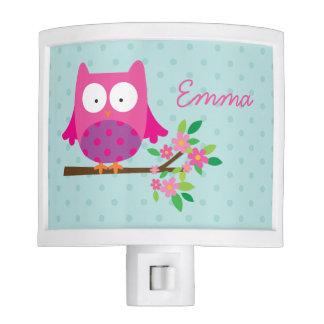 Búho rosado en una noche ligera personalizada rama lámpara de noche