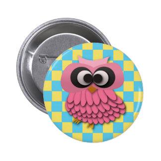 Búho rosado lindo en el botón a cuadros azul y ama pin redondo de 2 pulgadas