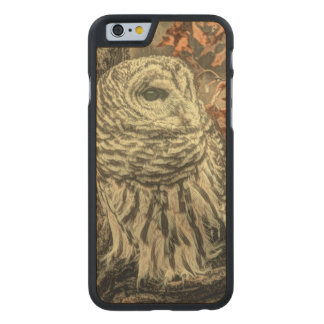 Búho rústico en árbol funda de iPhone 6 carved® slim de arce