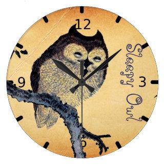 Búho soñoliento del vintage reloj redondo grande