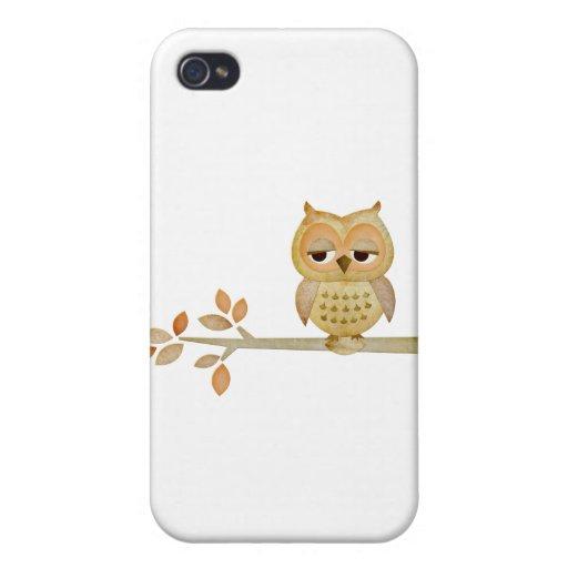 Búho soñoliento en árbol iPhone 4/4S carcasas