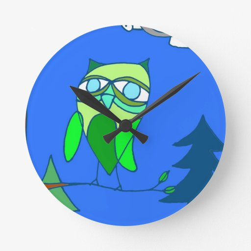 Búho verde en rama reloj de pared