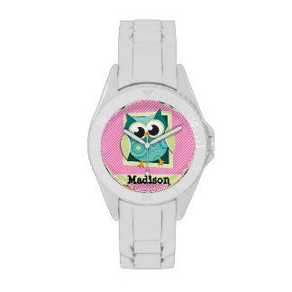 Búho verde en rayas rosadas y blancas relojes de pulsera