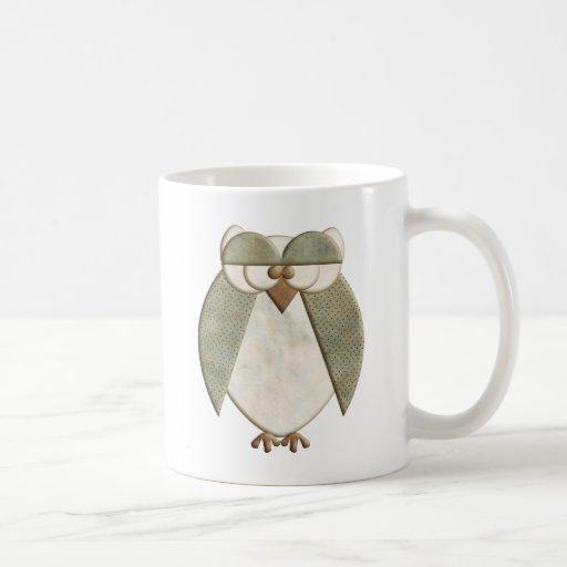 Búho verde y poner crema tazas de café