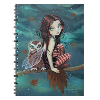 Búho y cuaderno lindos del arte de la fantasía de