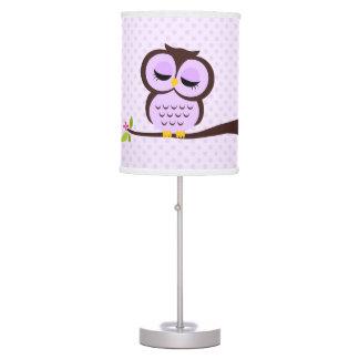 Búho y lunares púrpuras lindos lámpara de escritorio