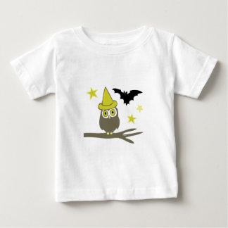 Búho y palo t shirts