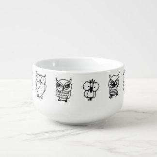 búhos blancos y negros del dibujo animado cuenco para sopa