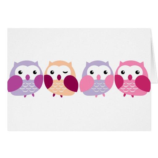Búhos coloridos lindos - rosados y pasteles púrpur tarjetón