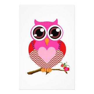 Búhos del amor y regalos lindos de los corazones personalized stationery
