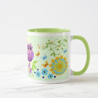 Búhos lindos del verano, flores y taza conocida de