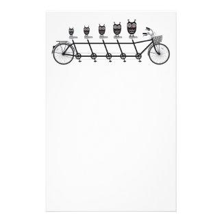 búhos lindos en la bicicleta en tándem personalized stationery