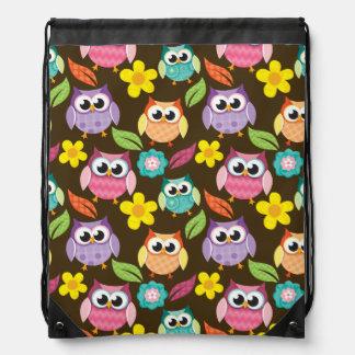 Búhos y flores modelados coloridos mochila