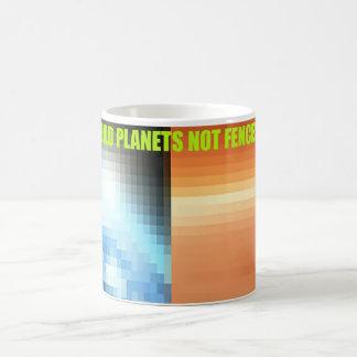 Build Planets not Fences Design Mug