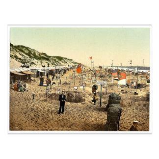 Building sand castles, Westerland, Sylt, Schleswig Postcard