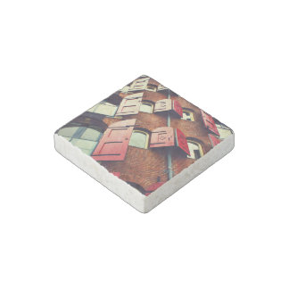 Building Themed, Tall Red Brick Apartment Building Stone Magnet