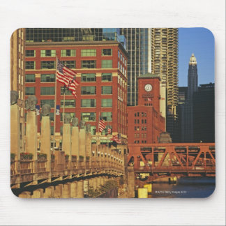 Buildings along the river in downtown Chicago, Mouse Pad