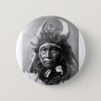 Bull Chief -- Apsaroke: 1908 Button