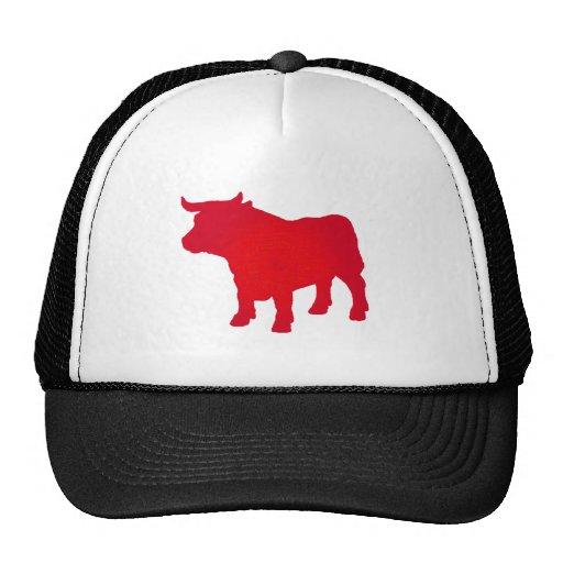 Bull considera rojo gorro de camionero