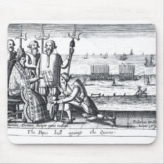 Bull del papa contra la reina en 1570 mouse pad