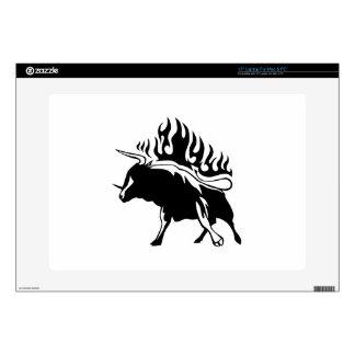 Bull en llamas portátil skin