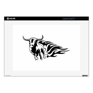 Bull en llamas skins para 38,1cm portátiles