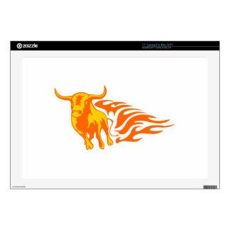 Bull en llamas skins para portátiles