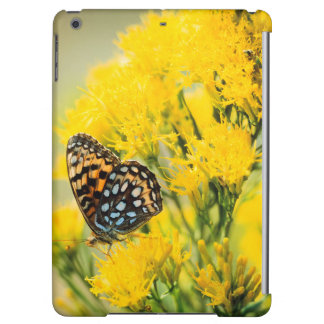 Bull Moose jousting in field with Cottonwood Trees iPad Air Case