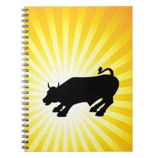 Bull negra de carga de Wall Street Libretas