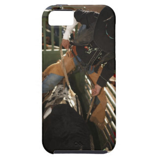 Bull rider tying rope on bull in the chute iPhone SE/5/5s case