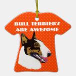 Bull terrier es impresionante ornamento para arbol de navidad