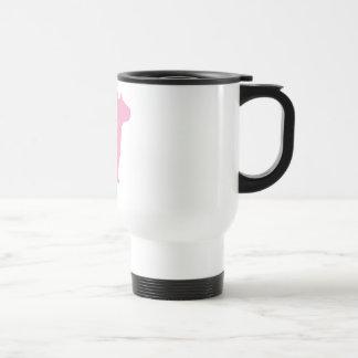 Bull terrier que se sienta (rosa) taza de café
