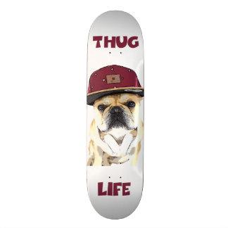 Bulldog skateboard