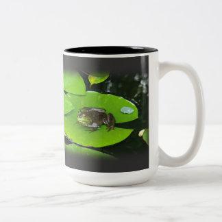 Bullfrog on Lilypads Mugs