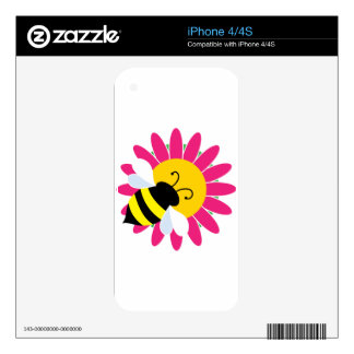 Bumble Bee on Flower Skin For The iPhone 4S