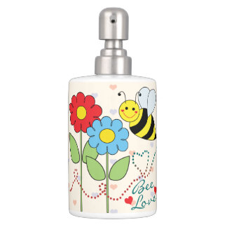 Bumble Bee With Flowers Love Bath Set