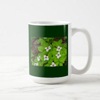 Bunchberry Mug