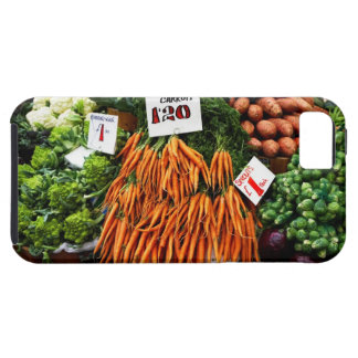 Bunches of carrots and vegetables on market iPhone SE/5/5s case