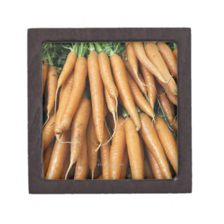 Bunches of carrots gift box
