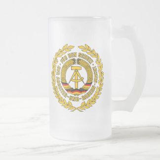 Bundesrepublik Deutschland / East Germany Crest 16 Oz Frosted Glass Beer Mug