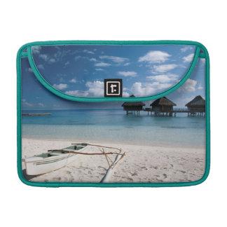 Bungalows from beach Motu Toopua Sleeve For MacBooks