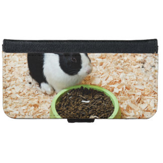 Bunny On Shavings Eating Food iPhone 6/6s Wallet Case
