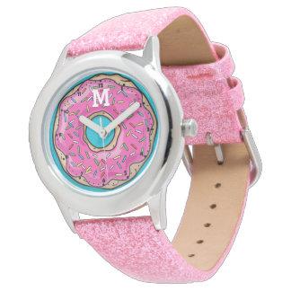 Buñuelo asperjado rosa delicioso jugoso relojes de mano