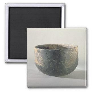 Buque con una decoración del cinta-estilo imán cuadrado