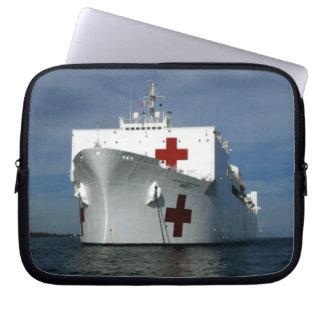 Buque hospital de la misericordia de USNS Funda Ordendadores