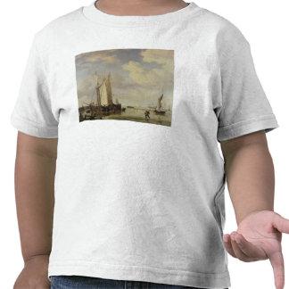 Buques holandeses hacia la orilla y hombres que se camisetas