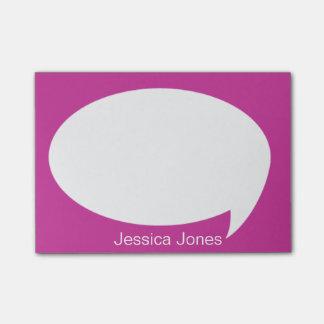 Burbuja rosada de la charla redondeada personaliza notas post-it