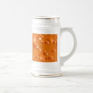Burbujas anaranjadas jarra de cerveza
